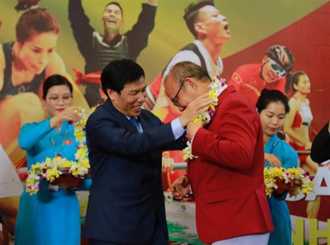 Asiad 2018 vietnamese delegation receive warm welcome at home asiad 2018 vietnamese delegation receive warm welcome at home sports news football m4hsunfo